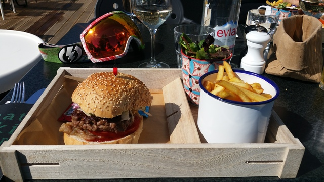 skiing in flaine part 3 burger fries hollygoeslightly