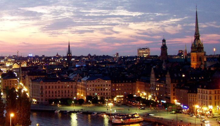 24 hours in stockholm night hollygoeslightly